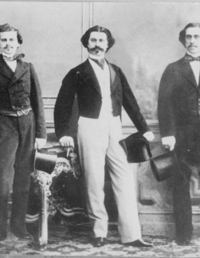 Los hermanos Strauss.