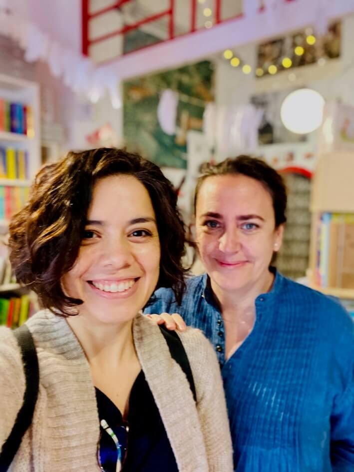 Clara Echeverría (Derecha)
